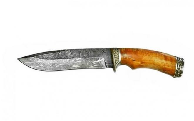 Нож Скиф , дам ст ,литье , рукоять из стабилизированной карельской березы