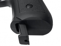 извлечение магазина пневматического пистолета Gunter P92