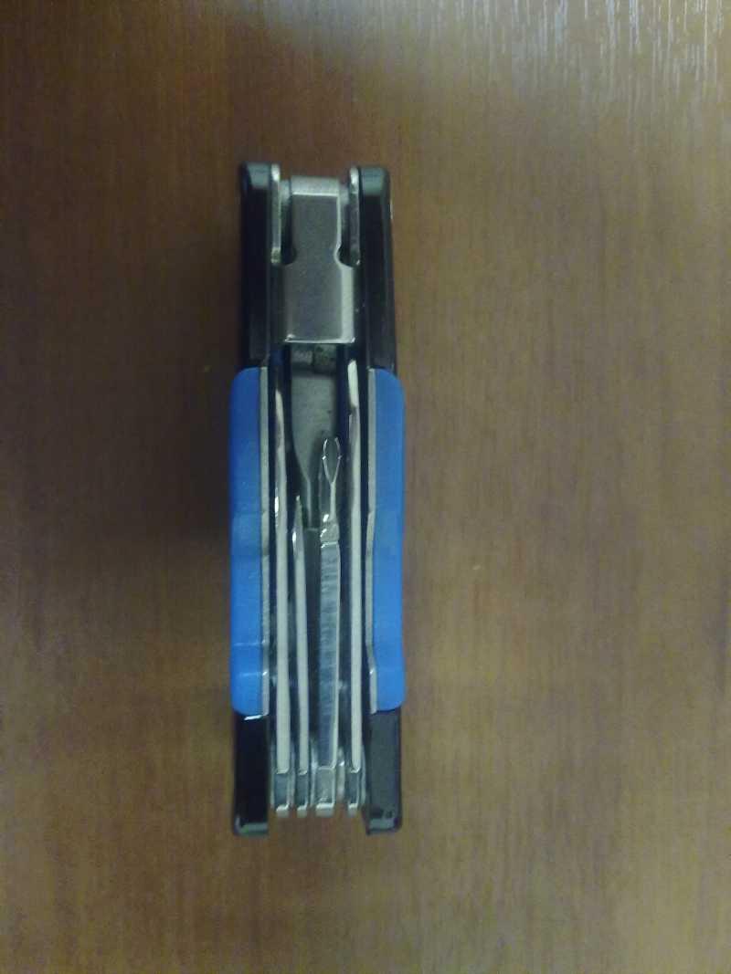 2)Нож Барс