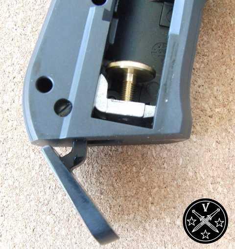 Система прокола баллончика СО2 в Umarex Beretta 92FS