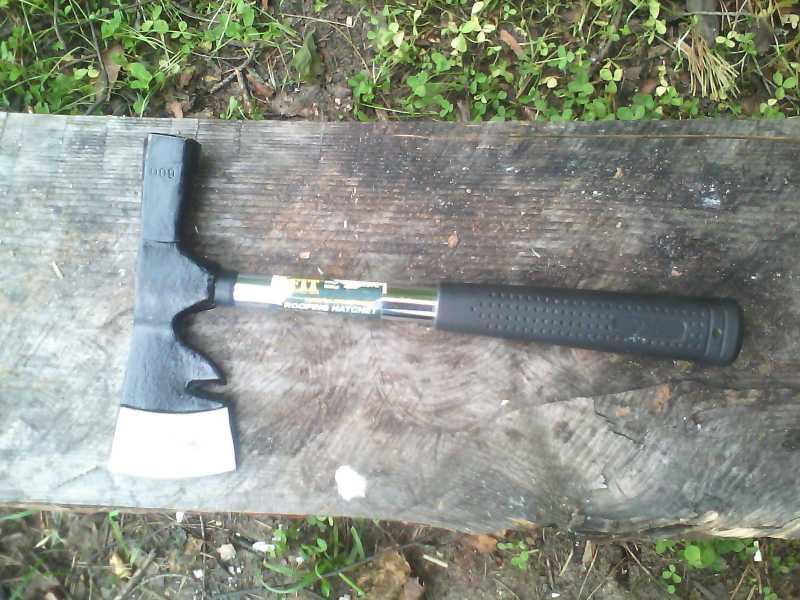 3)Тест различных девайсов в походных условиях (топор, нож)