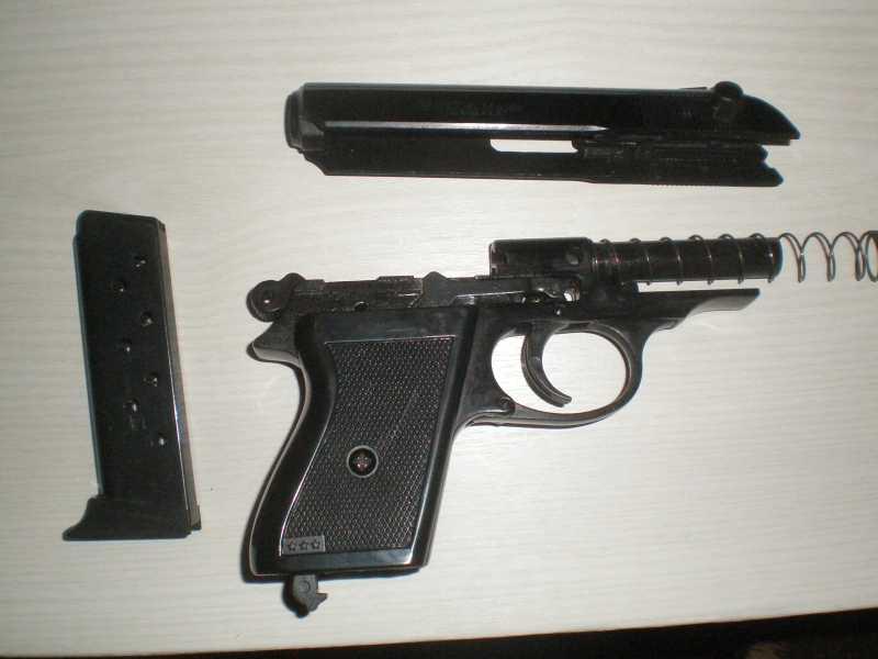 4)Мусульманин. (сигнальный пистолет зораки)