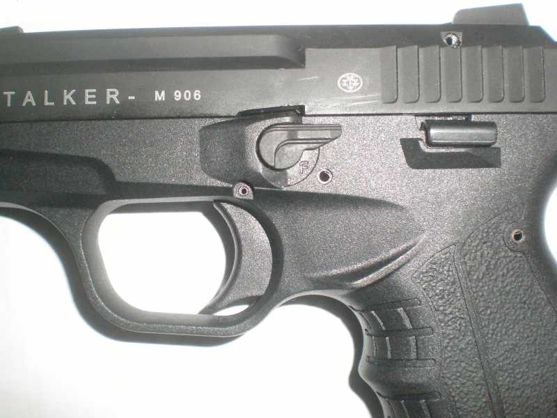 4)Сигнальный пистолет Zoraki Stalker M 906.