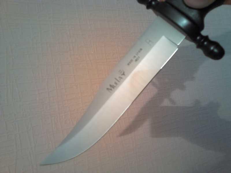 8)Нож Лось от компании Muela.