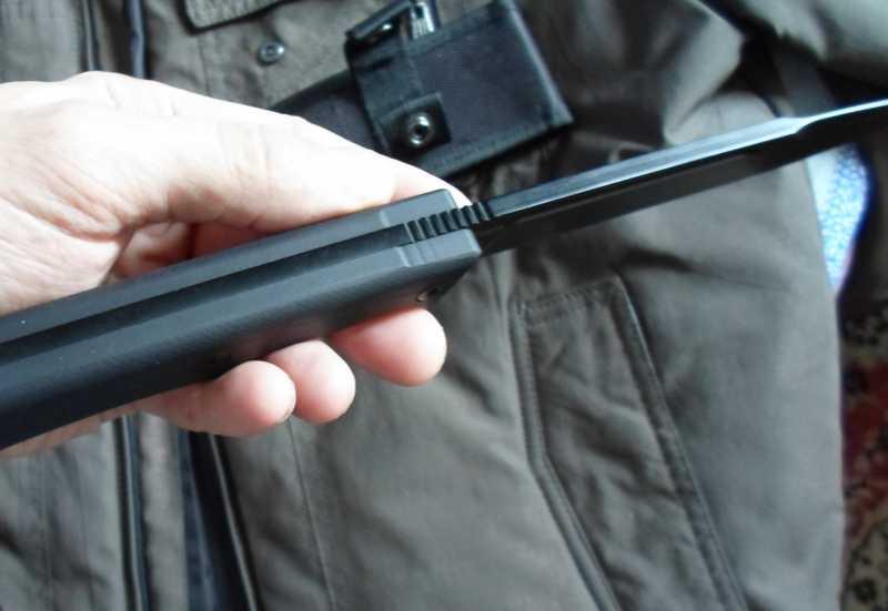 6)Чёрный нож Eagle от фирмы Mr.Blade.