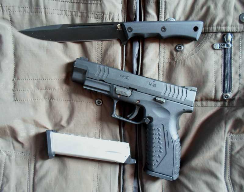 13)Чёрный нож Eagle от фирмы Mr.Blade.