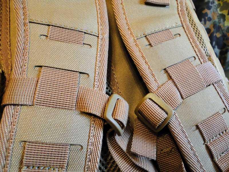 16)Тактический рюкзак