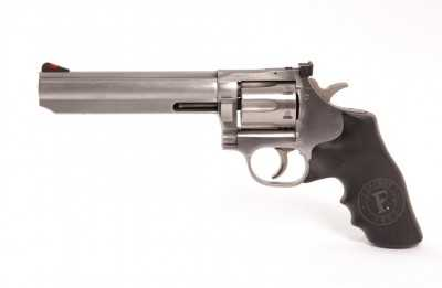 1)Dan Wesson или Smith&Wesson? вопрос прототипов