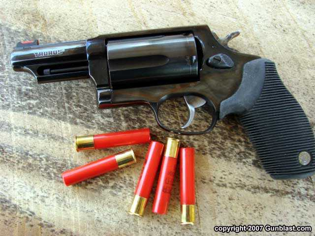 14)Dan Wesson или Smith&Wesson? вопрос прототипов