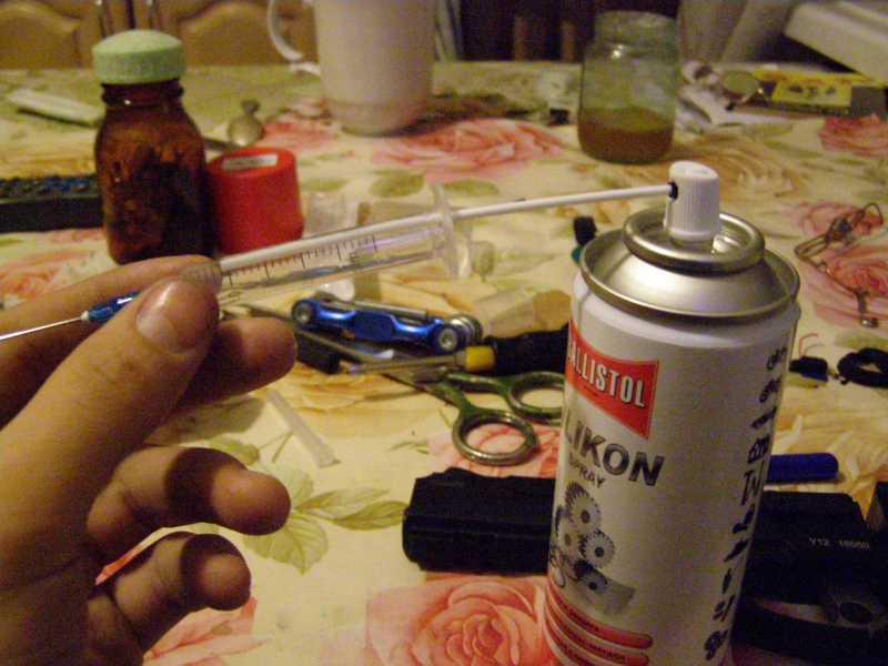 1)Лёгкий и дешёвый способ смазки клапанного механизма пистолета