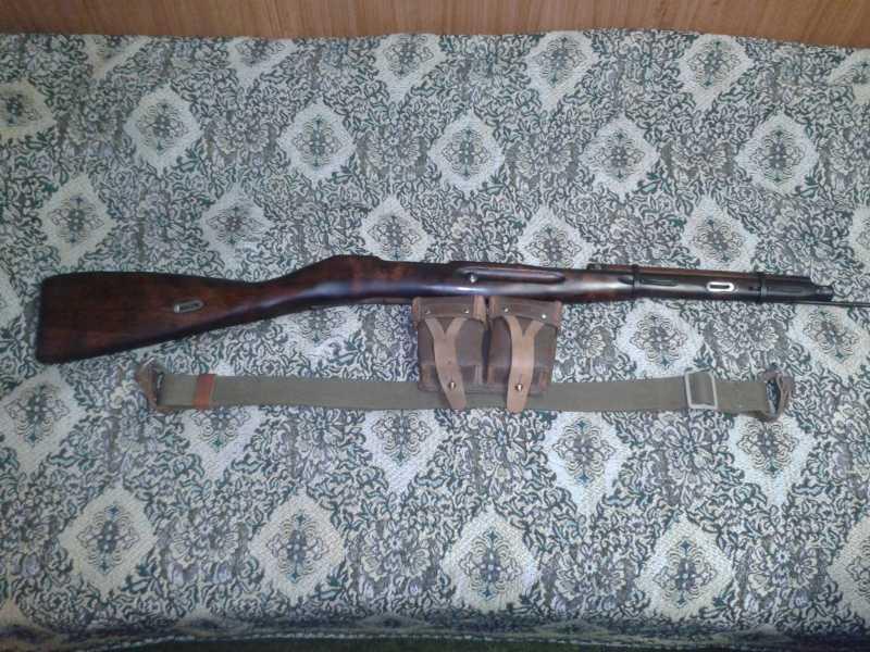 2)Пневматическая винтовка Мосина.