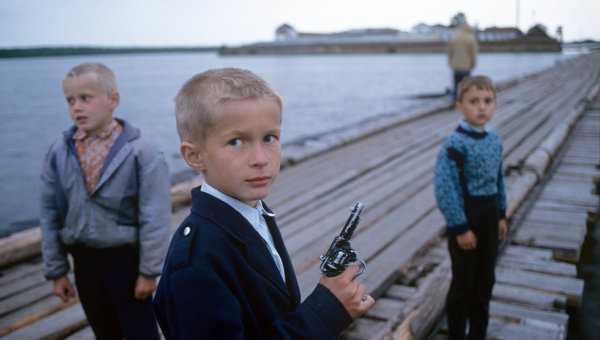 2)Подрастающее поколение (Что такое хорошо и что такое плохо (об оружии))