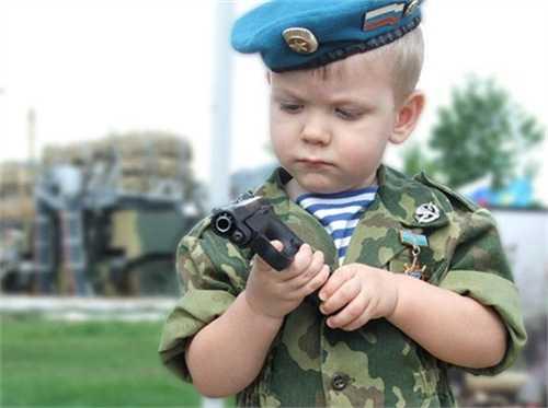 10)Подрастающее поколение (Что такое хорошо и что такое плохо (об оружии))