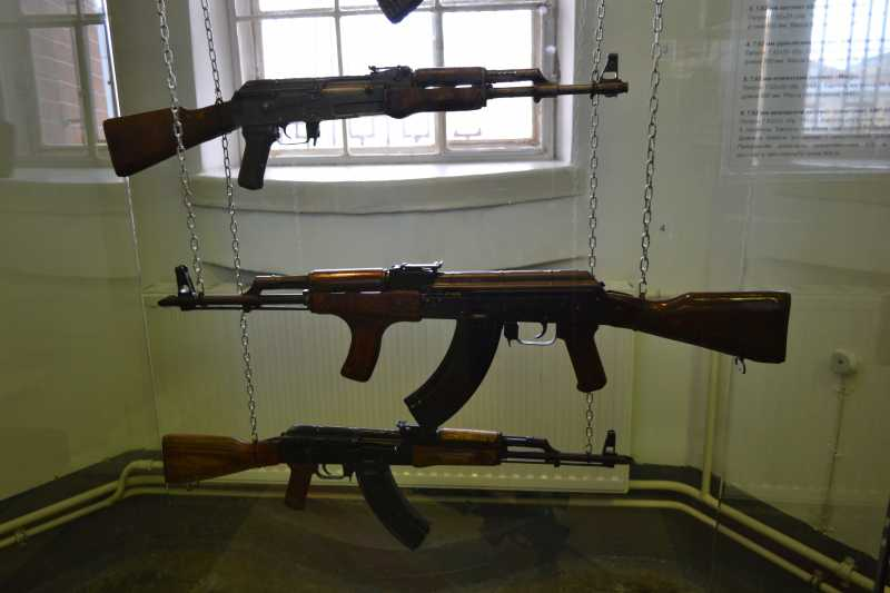 3)Дар Михаила Калашникова Артиллерийскому музею