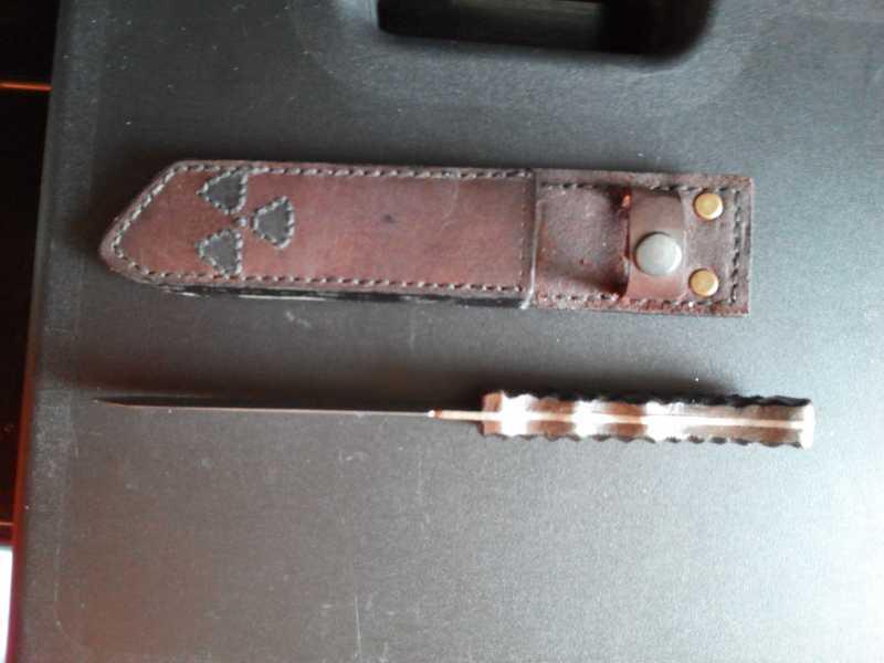 8)Нож STALKER-1