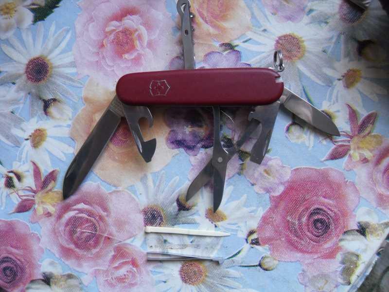 16)Швейцарский нож от Victorinox