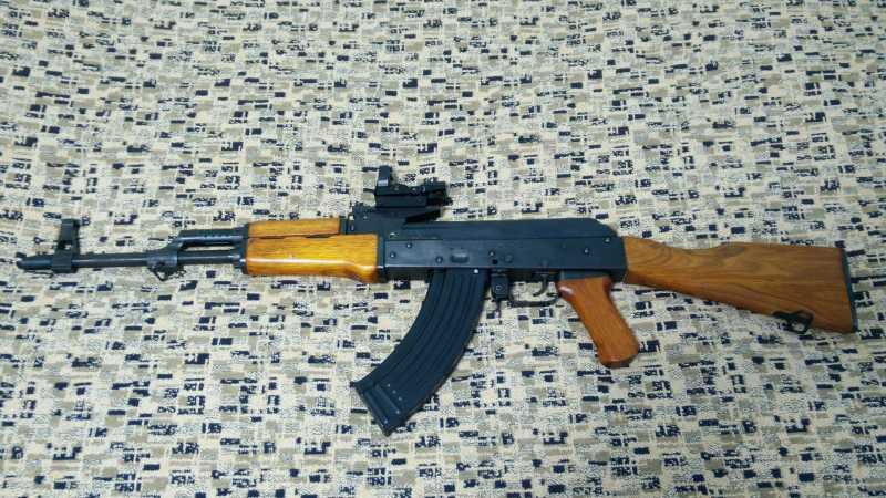 14)Магазин к Cybergun AK-47