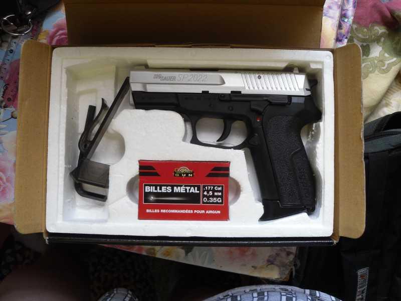 2)Пистолет друга