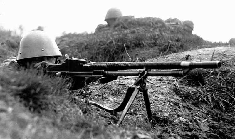 7)ZB 26/30-пулемет Вацлава Холека