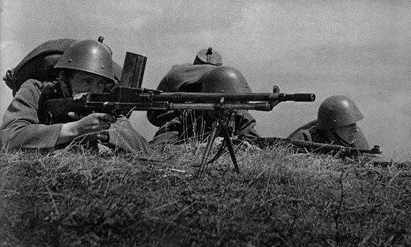 16)ZB 26/30-пулемет Вацлава Холека