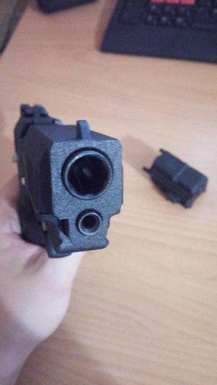 2)Пневматический пистолет МР-655К (пистолет Ярыгина)