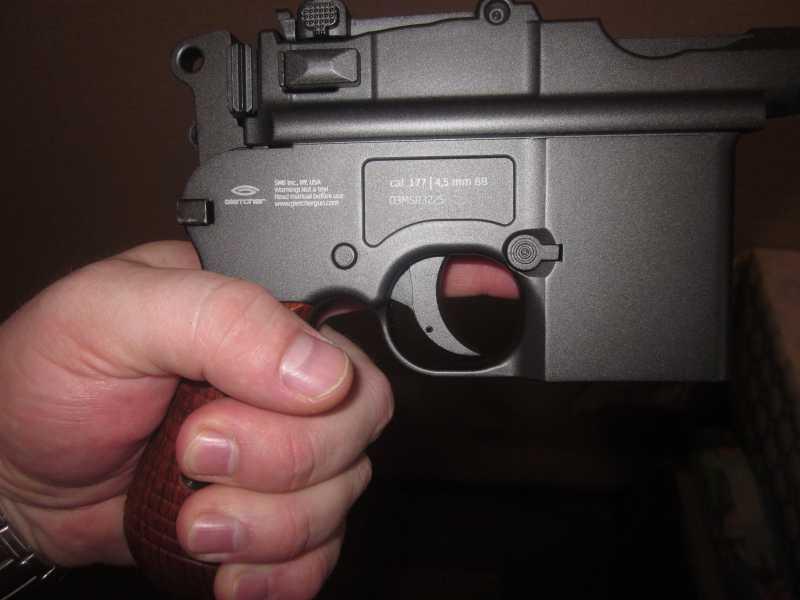 26)Ваше слово, товарищ Маузер! (пневматический пистолет)