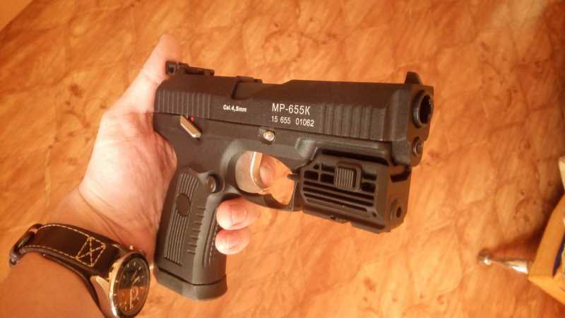 3)Пневматический пистолет МР-655К (пистолет Ярыгина)