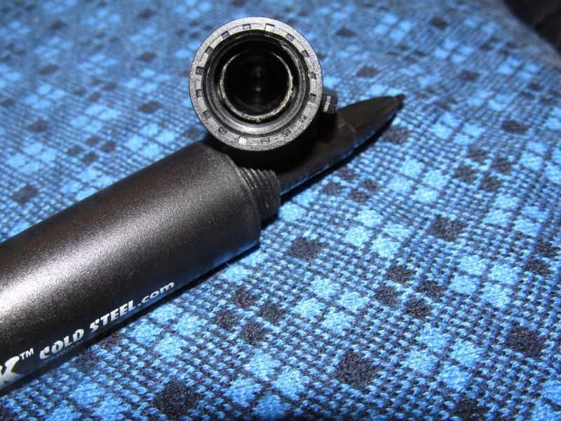 6)Смертоносный пластик от Cold Steel