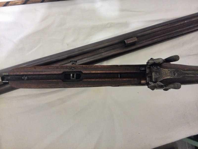 15)2-х ствольное, дульнозарядное ружье, 12-го калибра. Педерсоли, Италия.