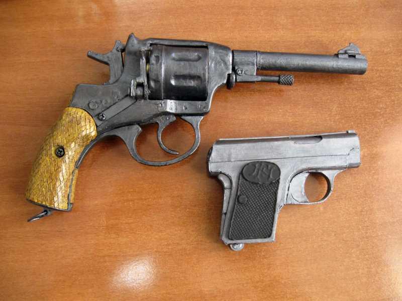 14)Бумажный пистолет