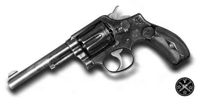 Револьвер Smihr & Wesson модель Millitary & Police