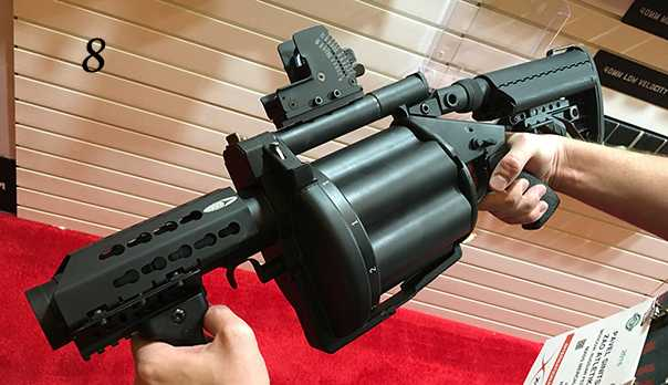 8)38 ежегодная выставка оружия Shot Show в Лас-Вегасе, штат Невада (часть 5)