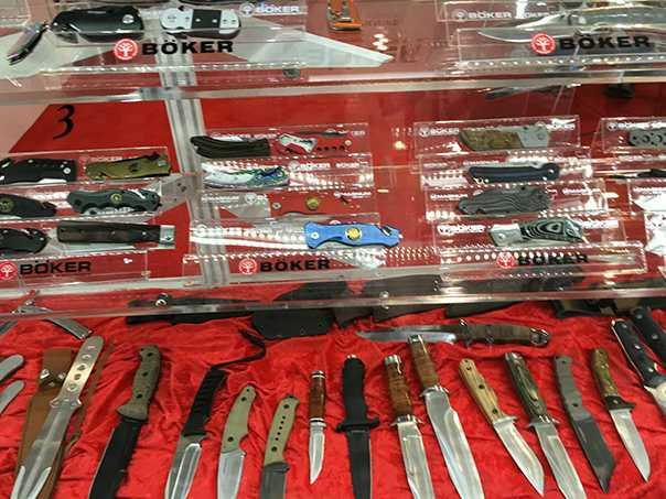 3)38 ежегодная выставка оружия Shot Show в Лас-Вегасе, штат Невада (часть 6)