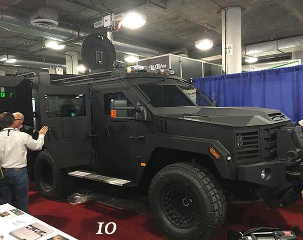 10)38 ежегодная выставка оружия Shot Show в Лас-Вегасе, штат Невада (часть 6)