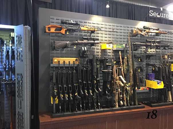 18)38 ежегодная выставка оружия Shot Show в Лас-Вегасе, штат Невада (часть 6)
