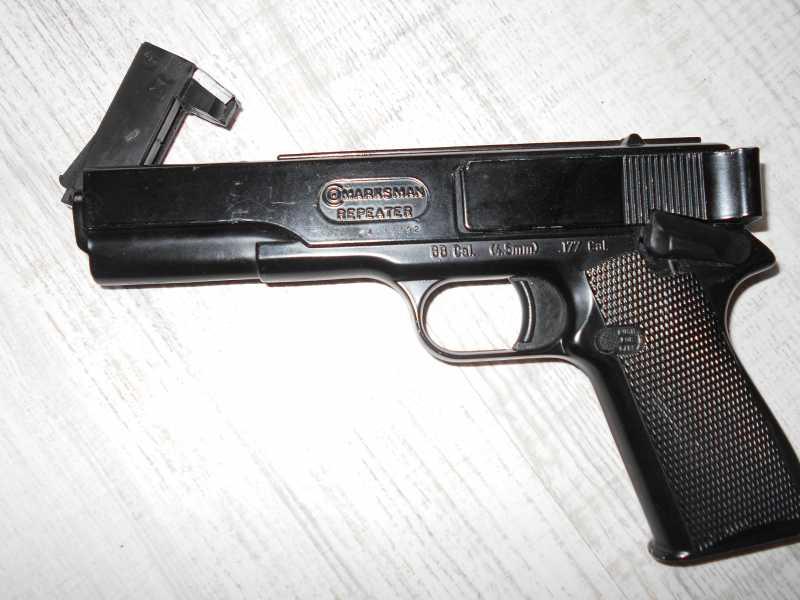 19)Пружинно-поршневой пистолет Marksman 1010