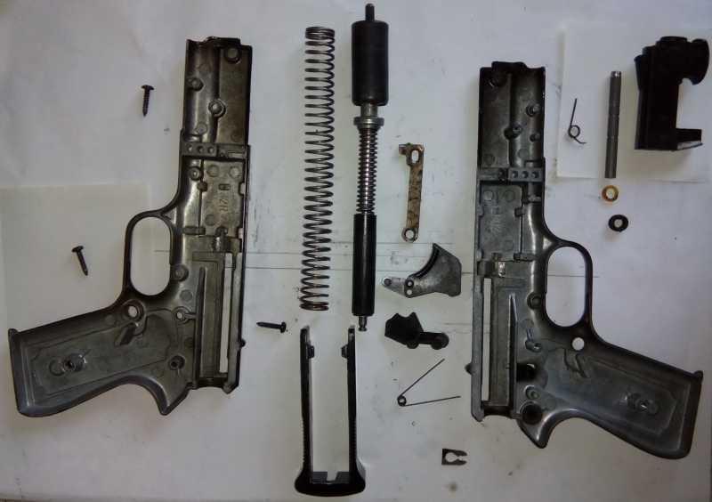 40)Пружинно-поршневой пистолет Marksman 1010
