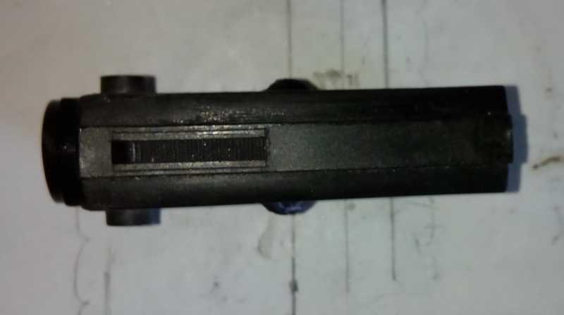 42)Пружинно-поршневой пистолет Marksman 1010