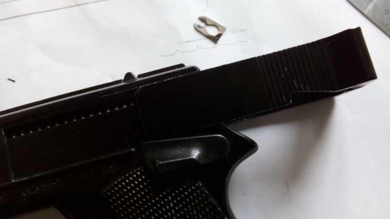 27)Пружинно-поршневой пистолет Marksman 1010