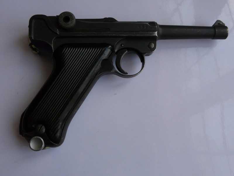 6)Огнестрельный Р08 (артиллерист)