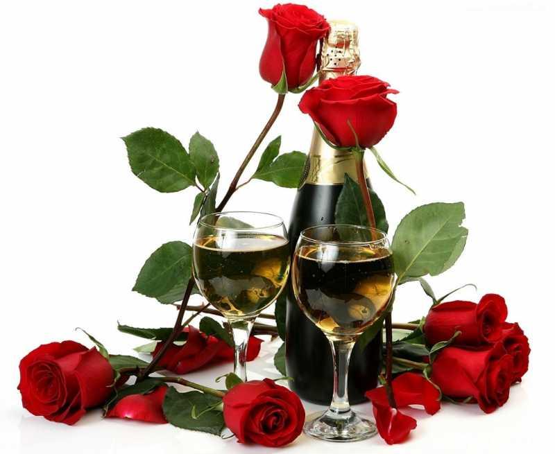 5)Женщинам поздравлентие с 8 марта