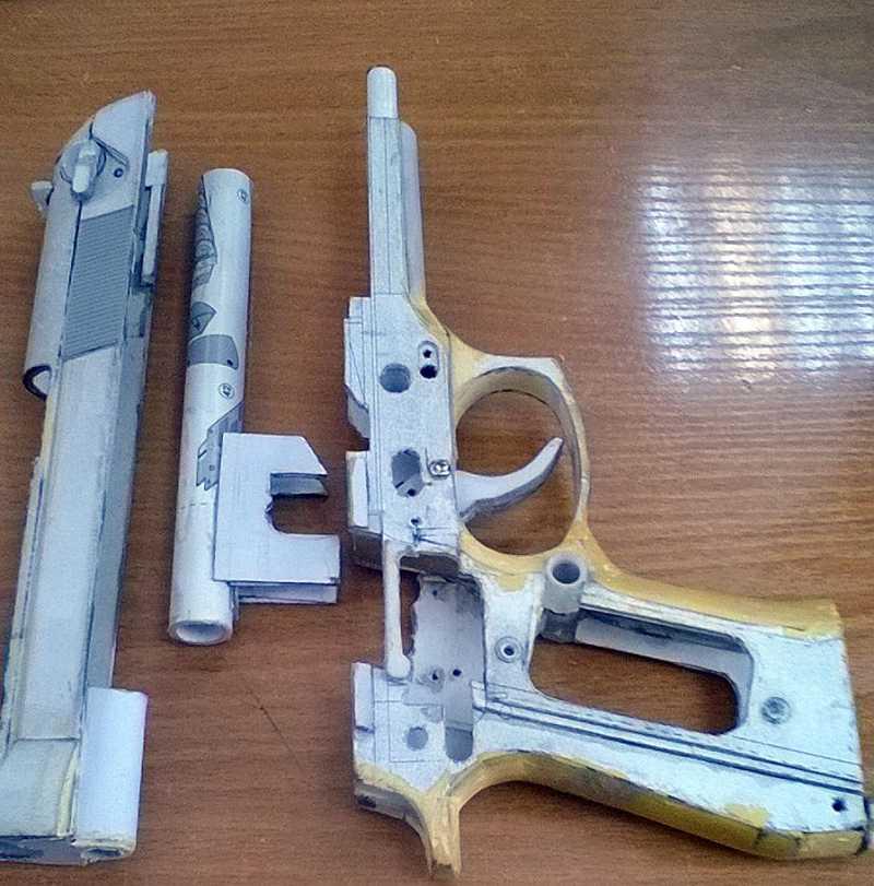 10)Бумажный пистолет