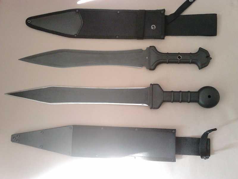 15)В полку гладиев прибыло: United Cutlery Combat Commander Gladiator - гладий в стиле модерн.