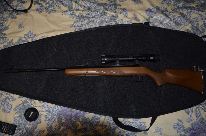13)Пневматическая винтовка DIANA 280.