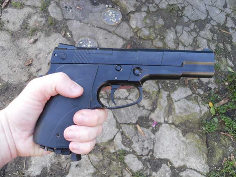 4)Аникс А-112