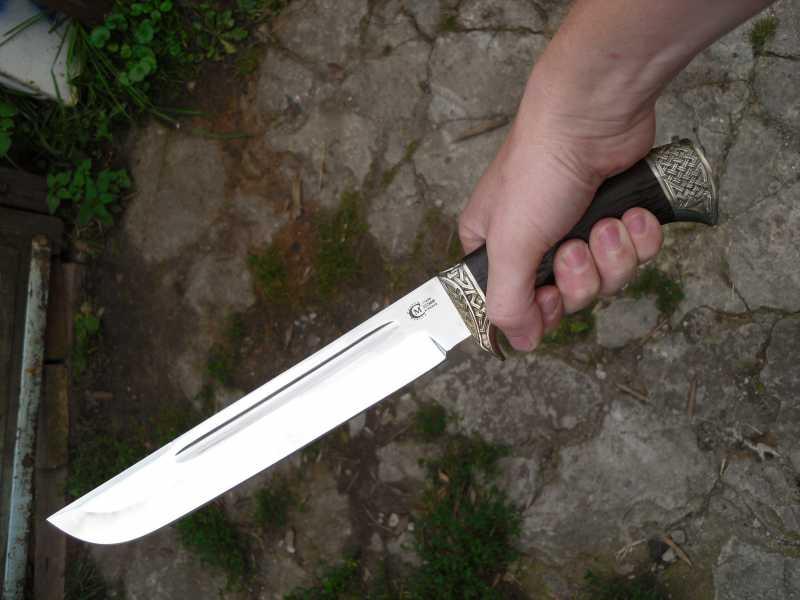 6)Нож Цезарь