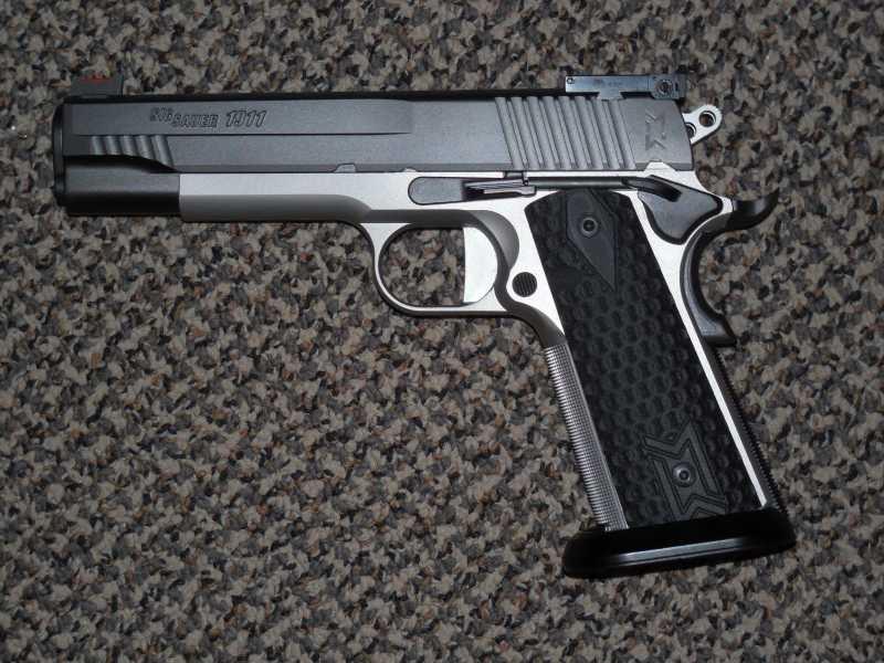 2)Новый пневматический пистолет Sig Sauer 1911 Max