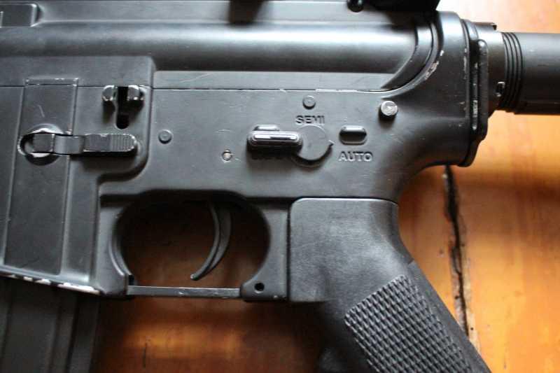 9)Страйкбольная винтовка M4A1 D-Boys