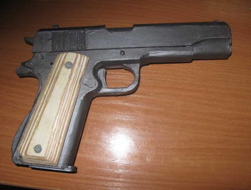 23)Бумажный пистолет