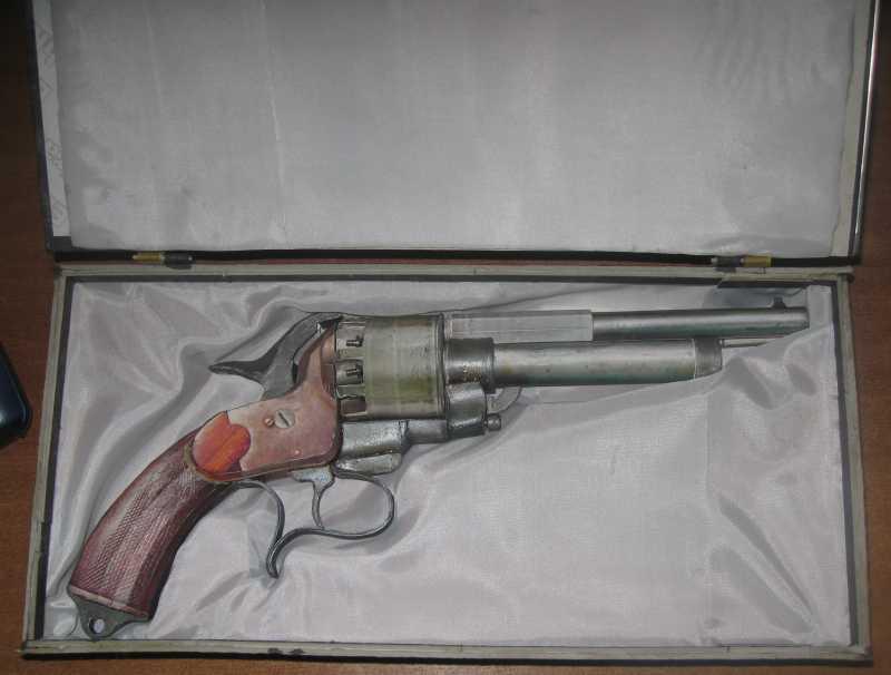 21)Бумажный пистолет